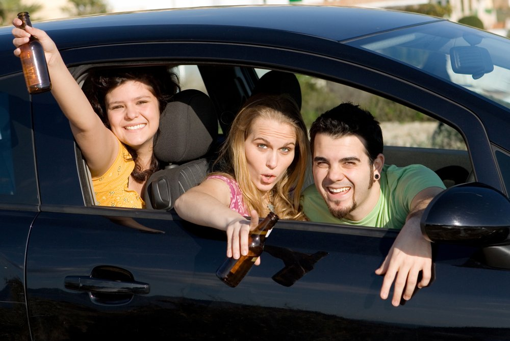 teenagers drinking and driving - Springfield DUI